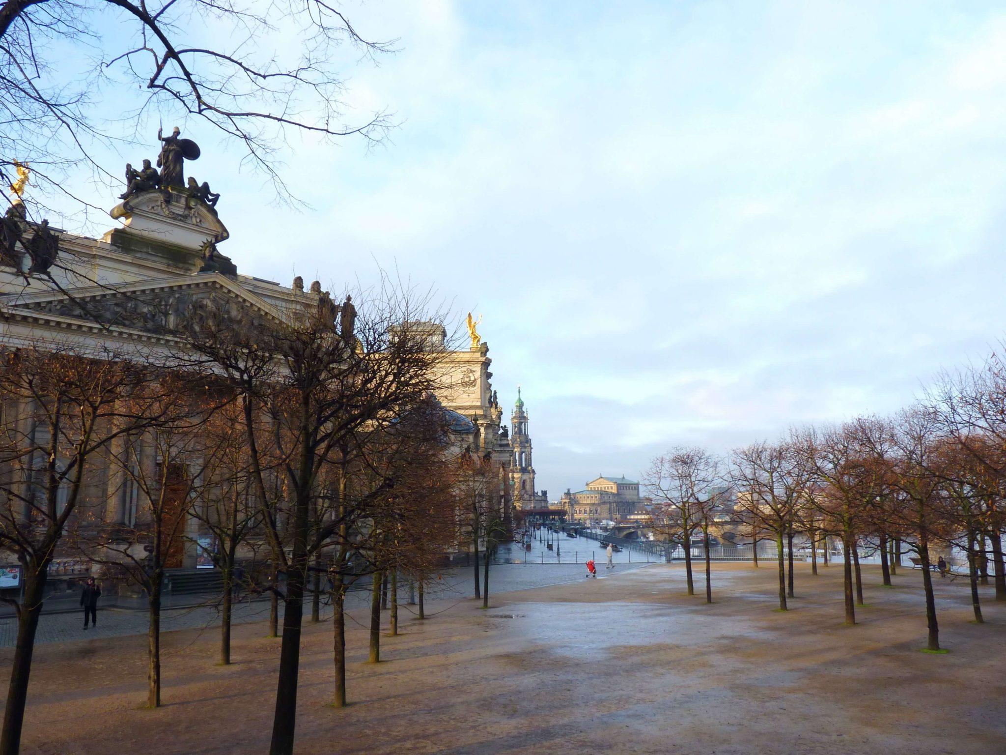 Bruhlsche terrasse 01 Dresden Alemanha Mundo Indefinido