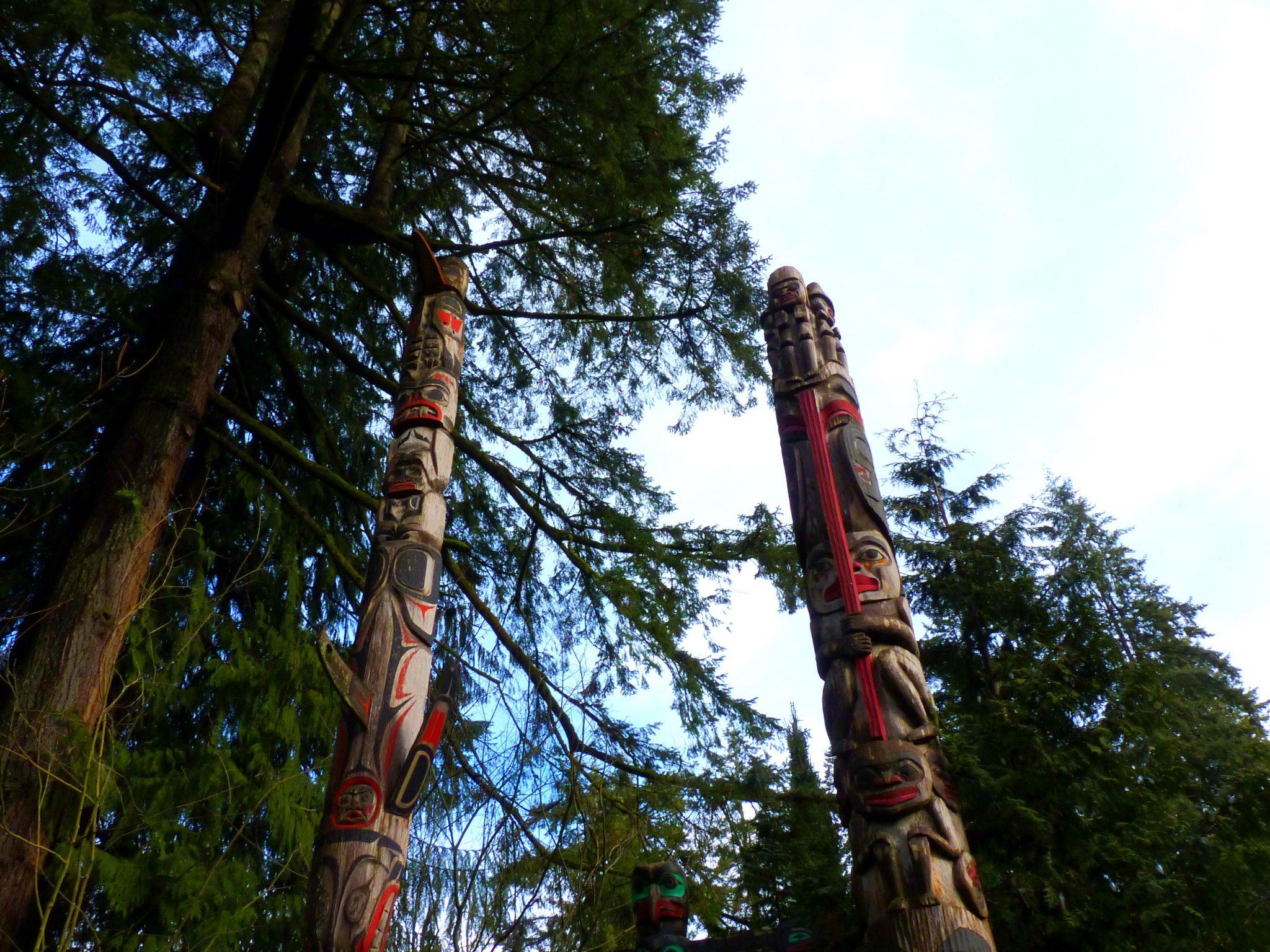 Totem 04 Capilano Suspension Bridge Park Vancouver Canadá Mundo Indefinido