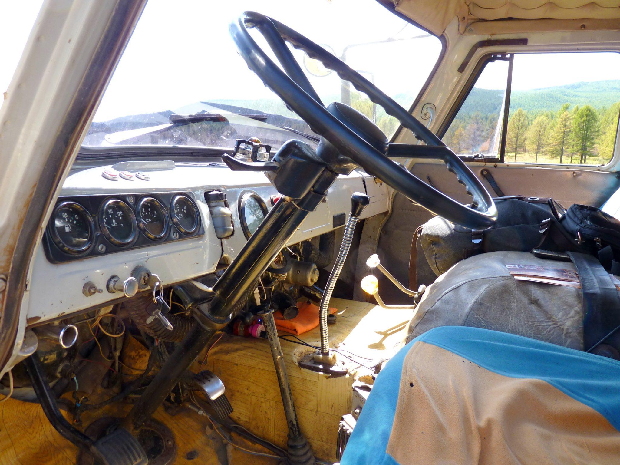 Carrinha russa UAZ 02 Mongólia Mundo Indefinido